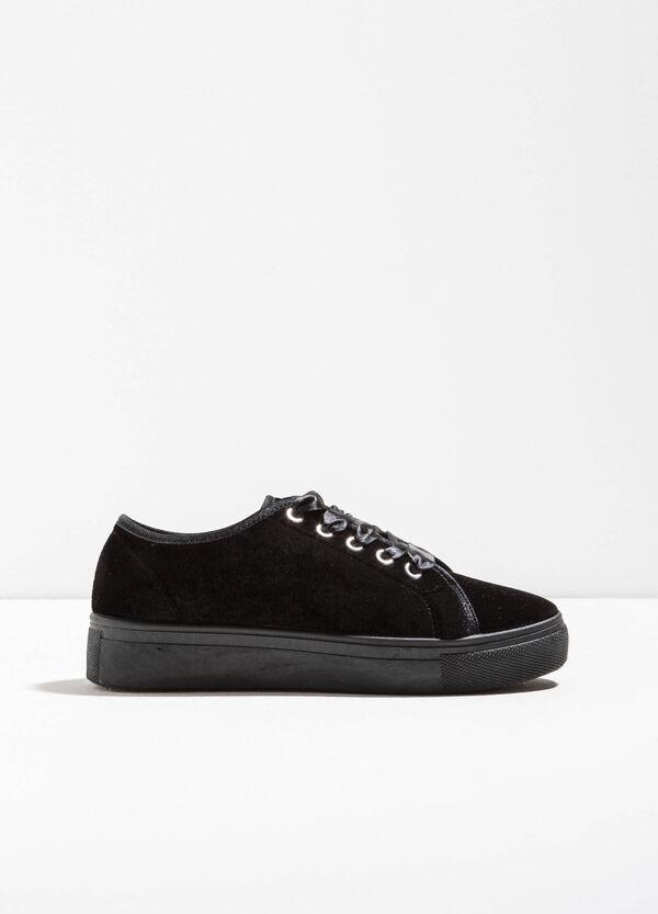 Sneakers in tela con lacci | OVS