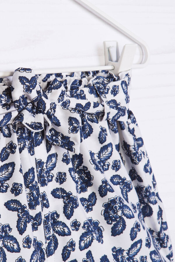 Shorts with lace at the waist and print | OVS