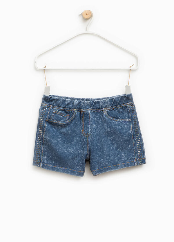 Mis-dyed-effect stretch shorts with diamantés | OVS