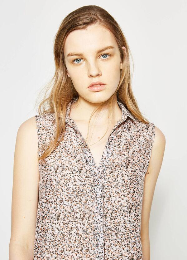 Sleeveless shirt with pleats | OVS