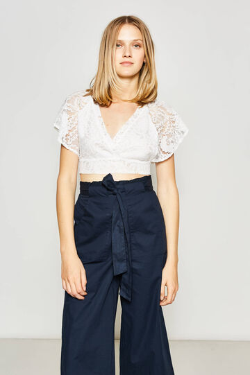 V-neck cropped T-shirt in lace