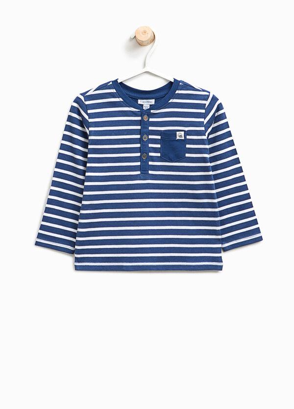 T-shirt in cotone a righe con taschino | OVS