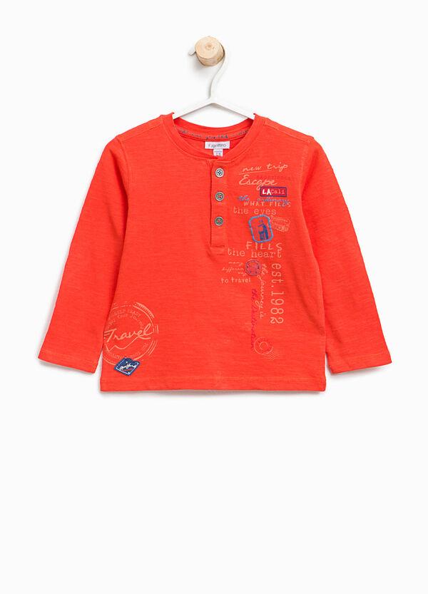 T-shirt in cotone con stampa e patch | OVS