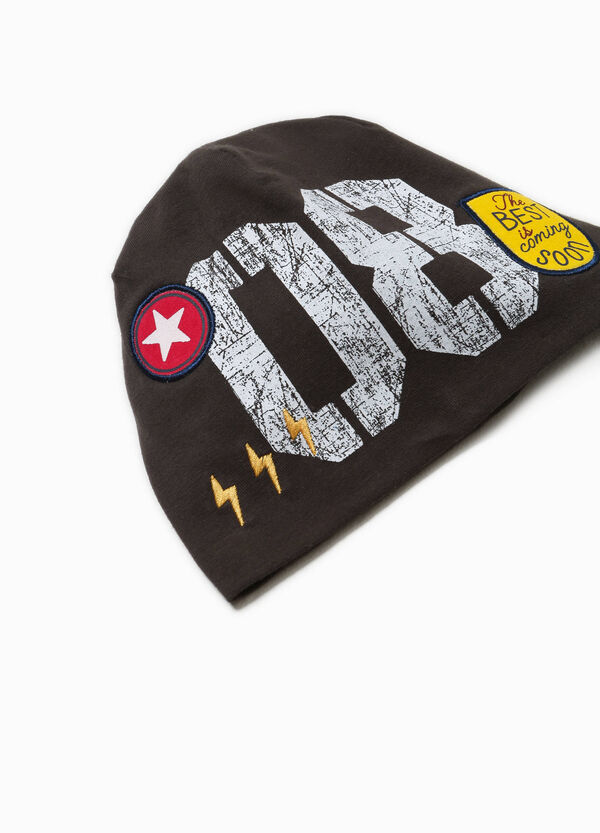Beanie cap with print and patches | OVS