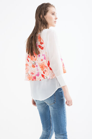 Printed blouse with faux layering
