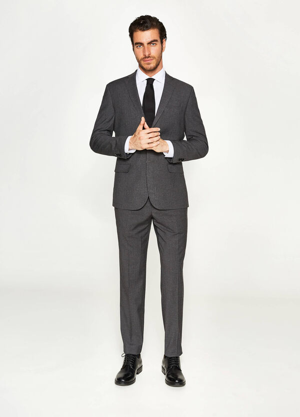 Regular-fit suit in striped viscose | OVS