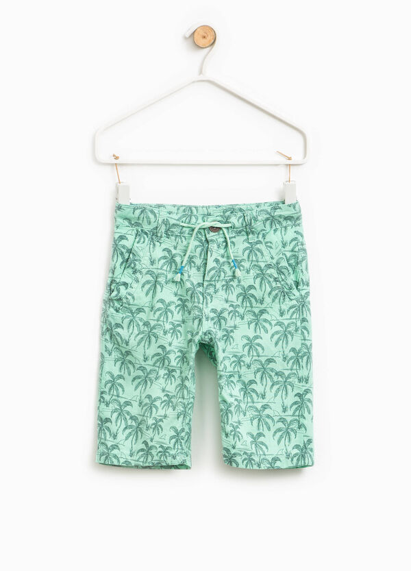 Cotton Bermuda shorts with palms pattern | OVS