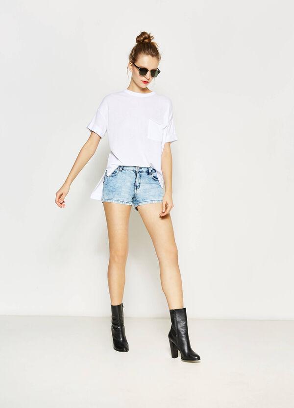 Shorts di jeans effetto maltinto | OVS