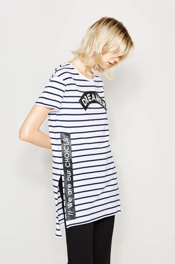 T-shirt lunga a righe con stampa