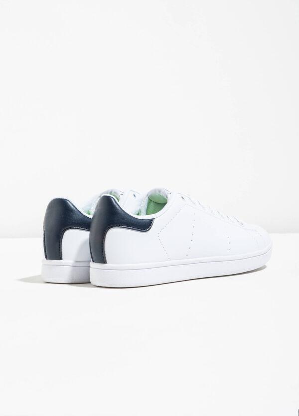 Sneakers con tomaia traforata | OVS