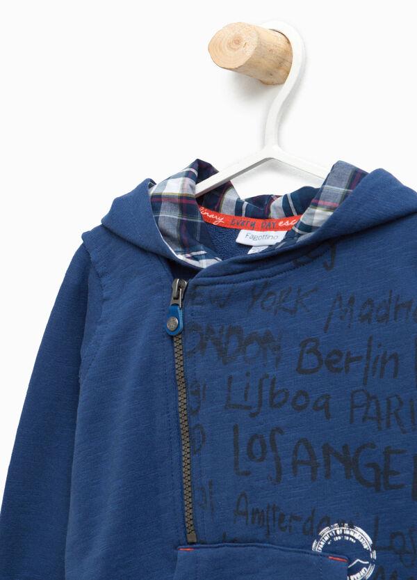 Sweatshirt with asymmetric fastening | OVS