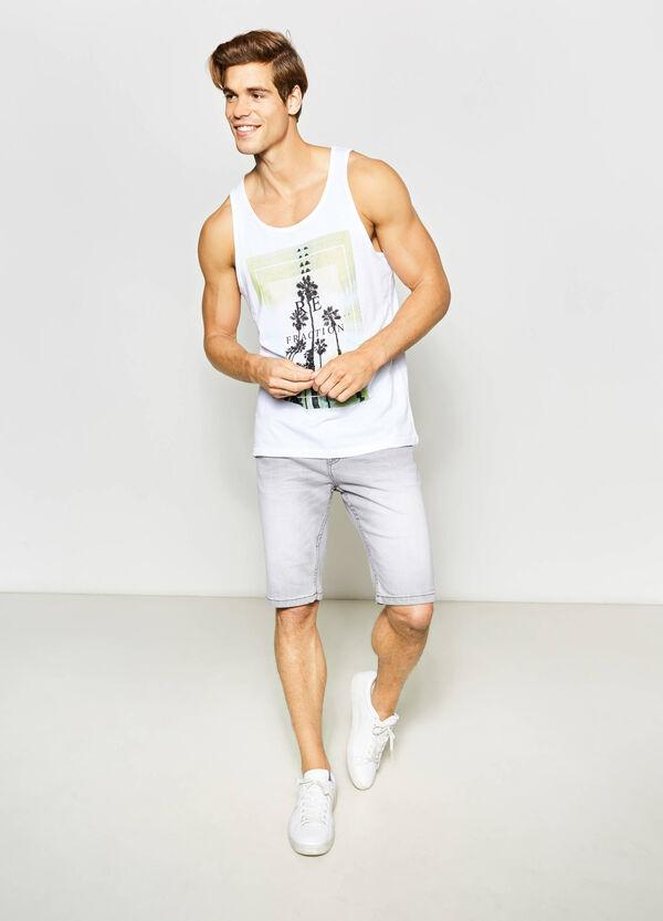 Slim-fit washed-effect denim Bermuda shorts | OVS