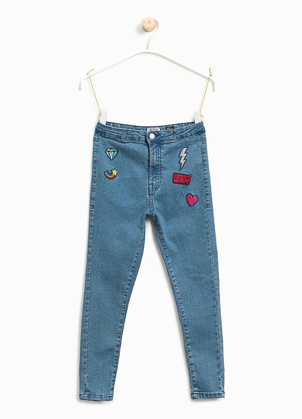 Jeans skinny fit a vita alta con patch | OVS