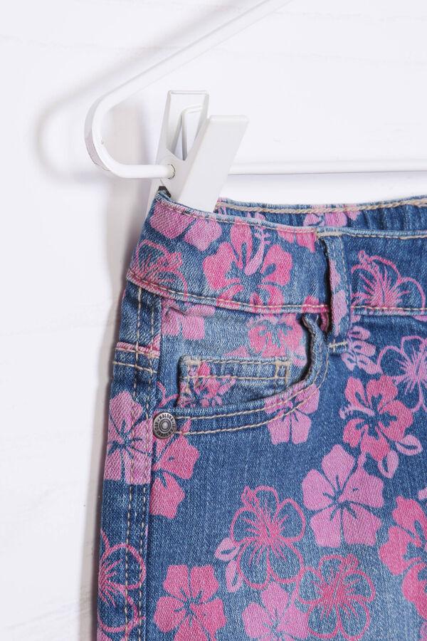 Shorts di jeans fantasia floreale | OVS