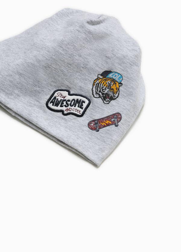 Cappello a cuffia con patch e stampa | OVS