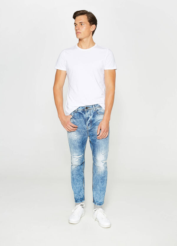 Mis-dyed, loose-fit jeans with rips | OVS