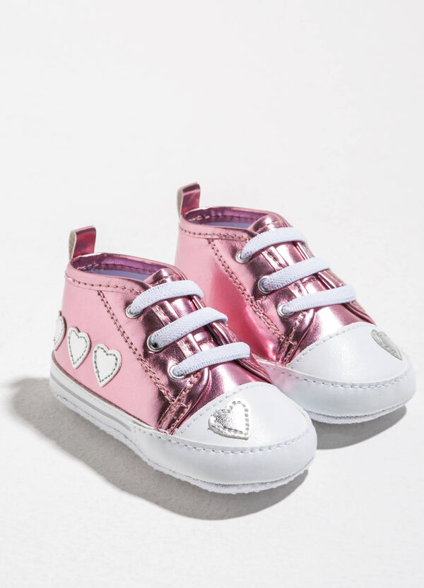 Shiny sneakers with hearts patches | OVS