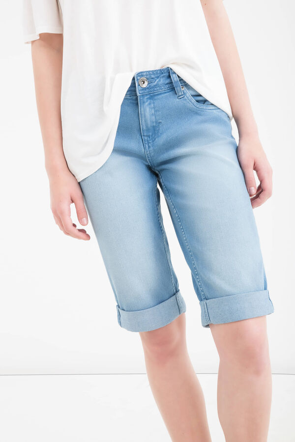 Worn-effect stretch denim Bermuda shorts | OVS