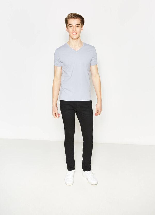 T-shirt con scollo a costina | OVS