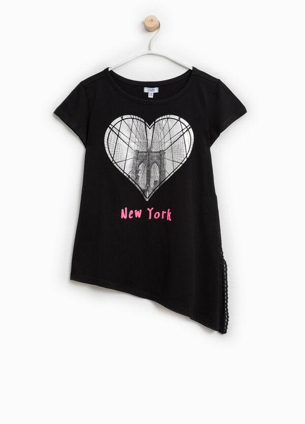 T-shirt stampa e fondo asimmetrico | OVS
