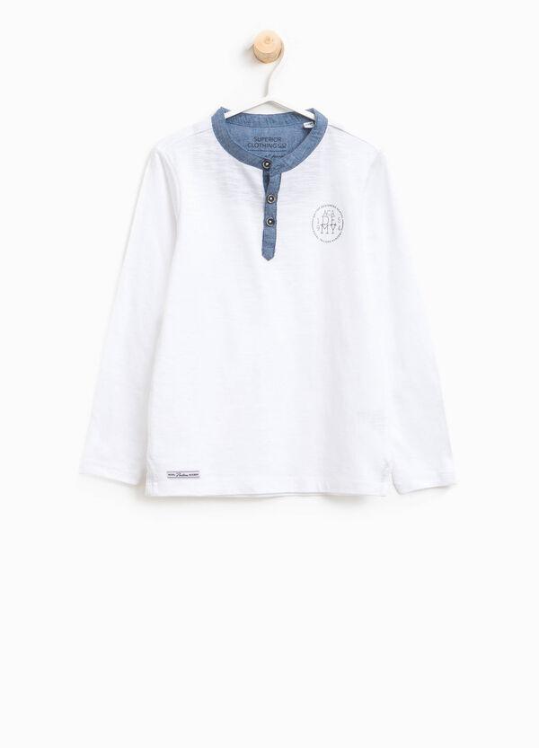 T-shirt in cotone con bottoni e stampa | OVS