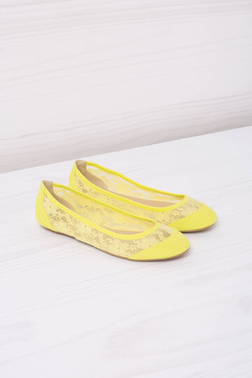 Ballerina flats with lace