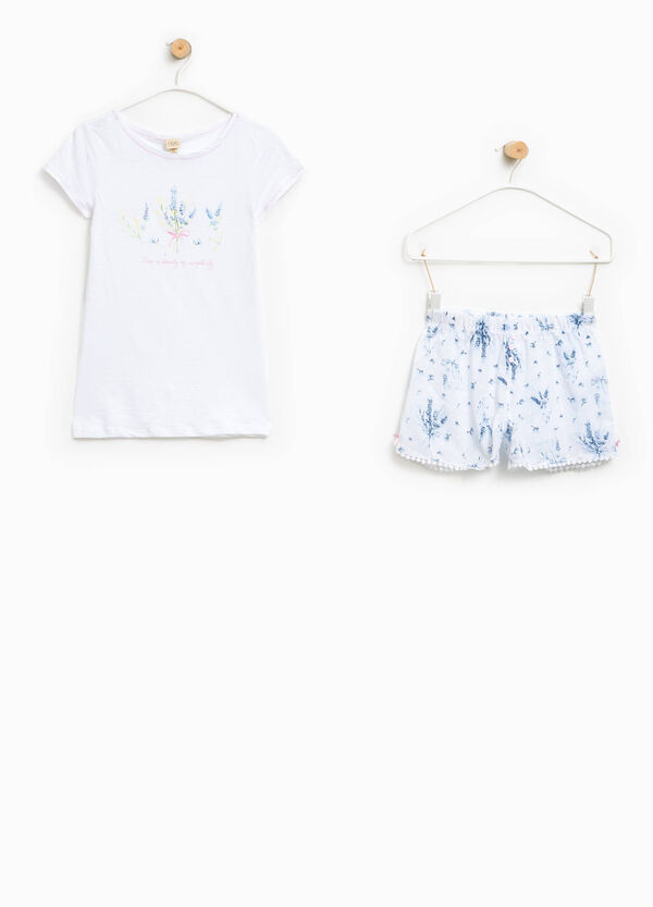 Pyjamas with printed top and patterned shorts | OVS