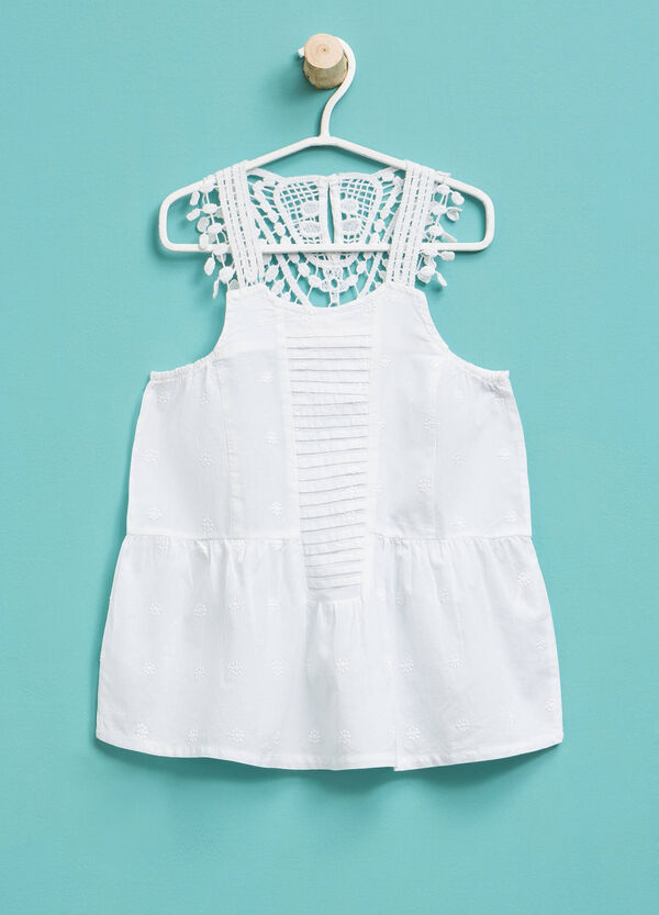 Sleeveless shirt with lace and embroidery | OVS