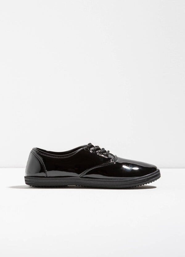 Shiny sneakers with laces | OVS