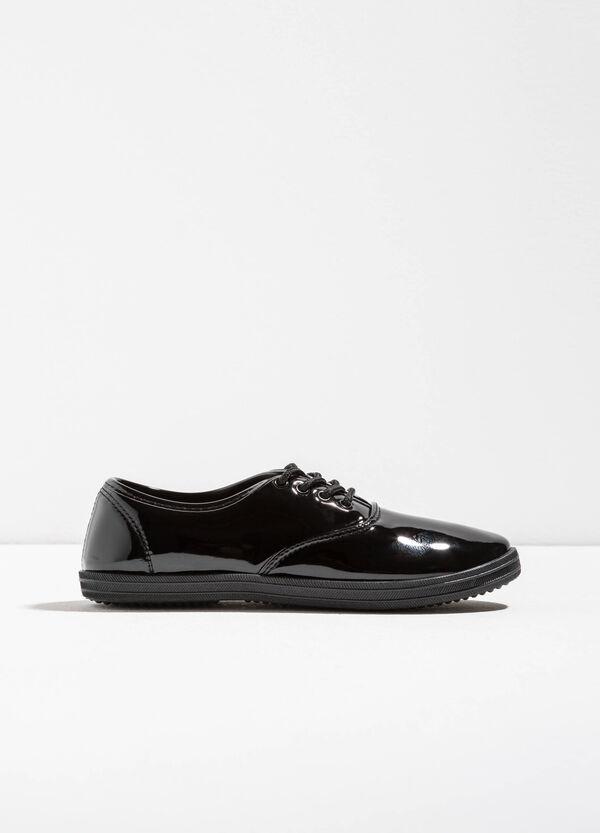 Sneakers lucide con lacci | OVS