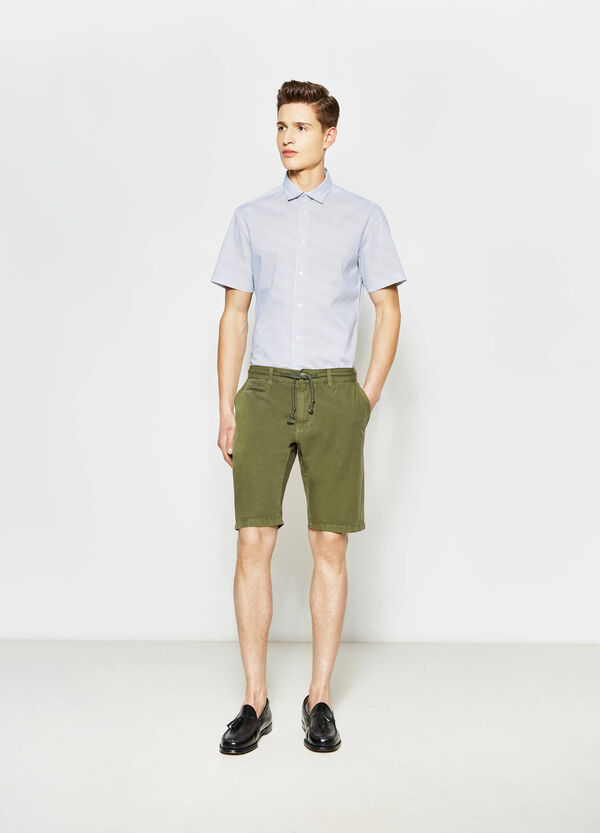 Slim-fit chino Bermuda shorts with drawstring | OVS