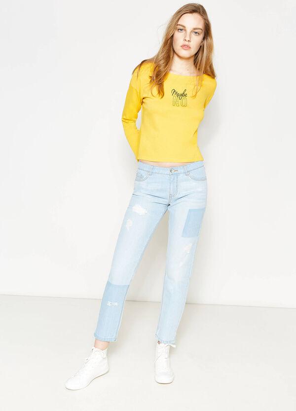 Jeans girlfriend fit con strappi | OVS