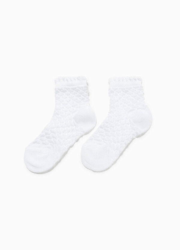 Short socks with raised weave | OVS