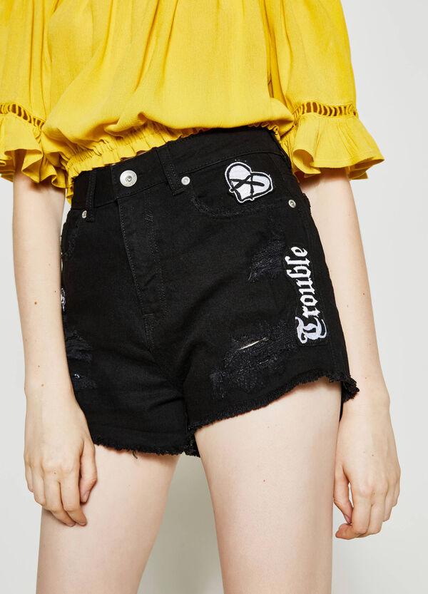Shorts di jeans con patch | OVS