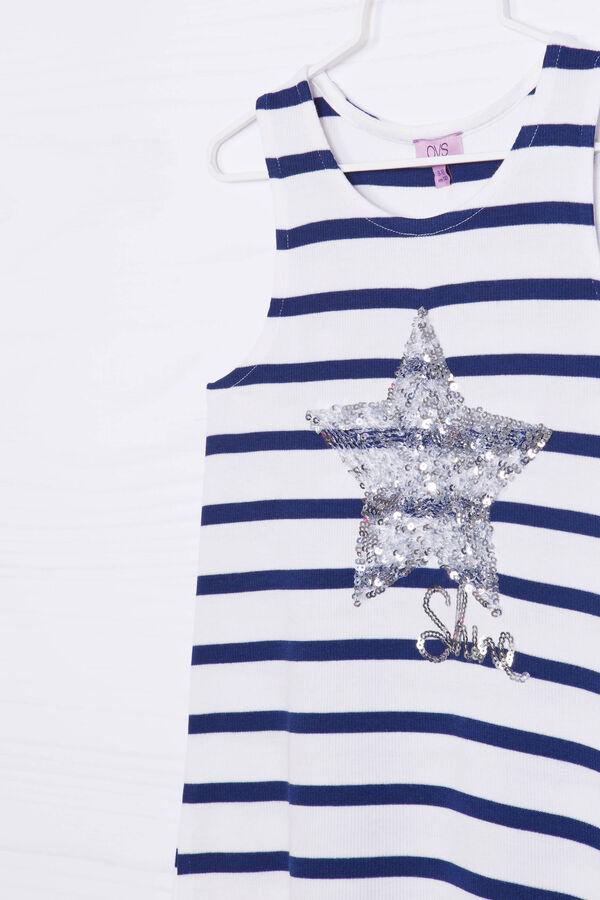 Striped pattern stretch vest   OVS