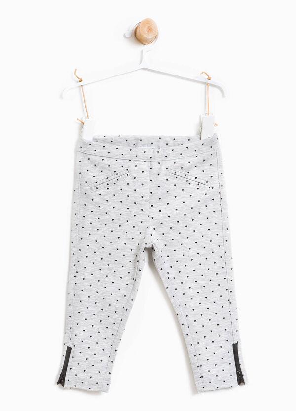 Pantaloni stretch fantasia a cuori | OVS