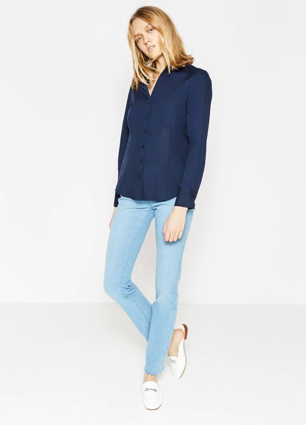 V-neck shirt with rounded hem | OVS
