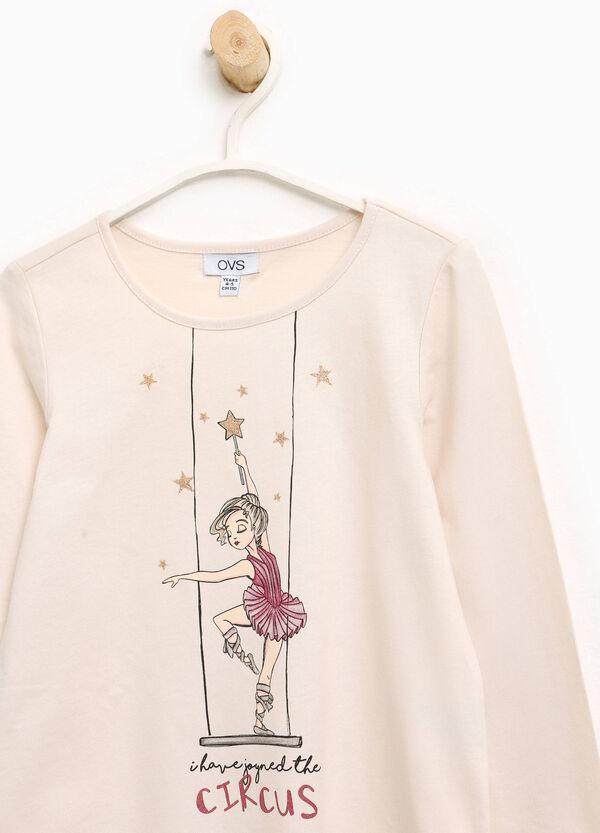 T-shirt in cotone stampa ballerina | OVS