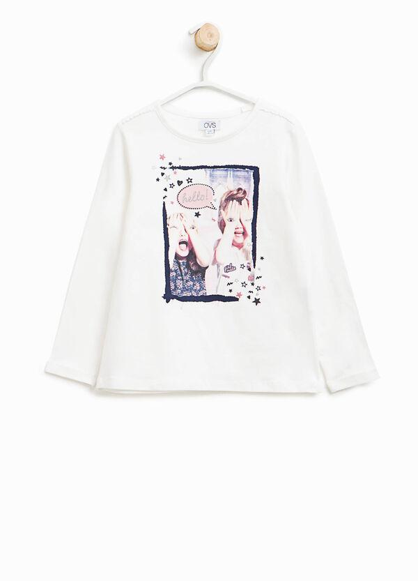 T-shirt con stampa glitterata | OVS