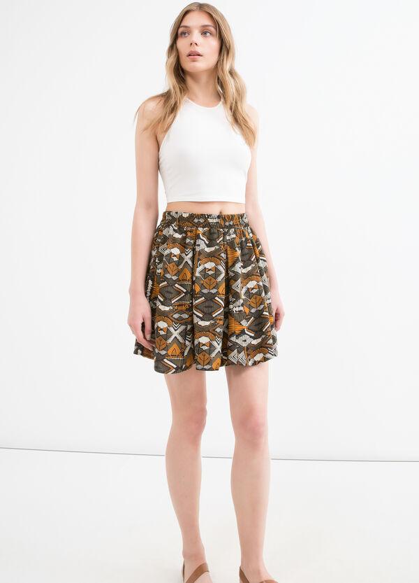 Short patterned skirt in 100% viscose | OVS