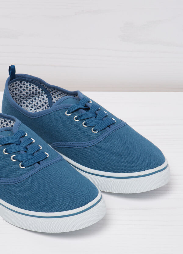 Solid colour lace-up sneakers | OVS