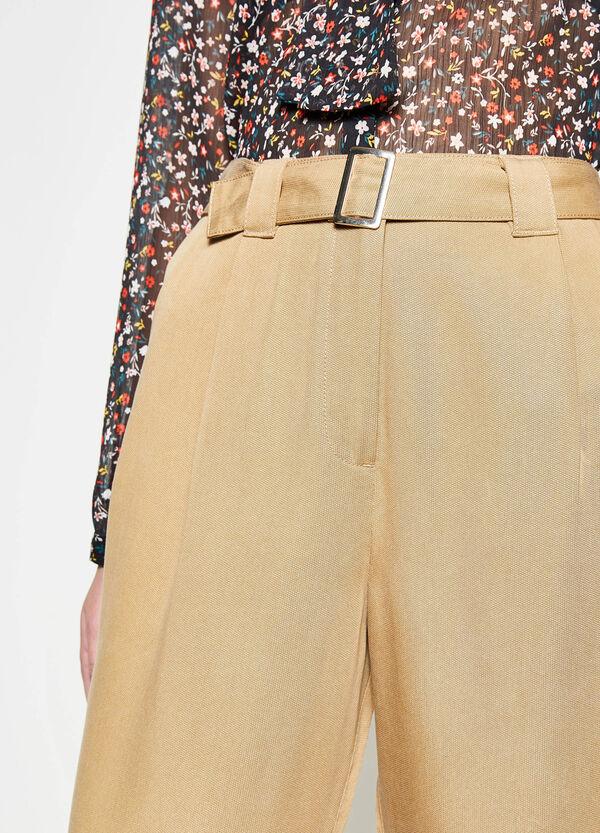 Pantaloni crop a vita alta con cintura | OVS