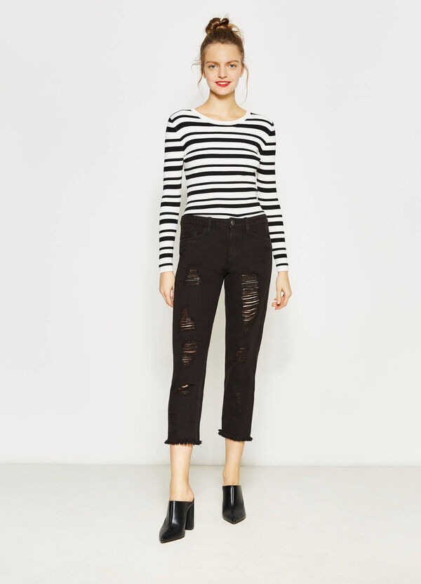 Cropped trousers with rips | OVS