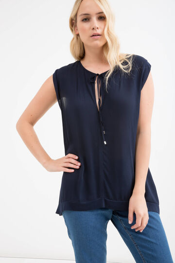Curvy sleeveless stretch T-shirt
