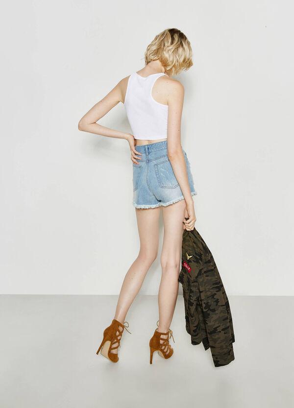 Shorts di jeans con strappi | OVS