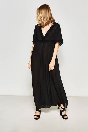 Long dress with lace