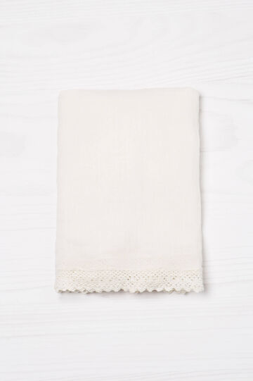 Solid colour scarf in 100% cotton.