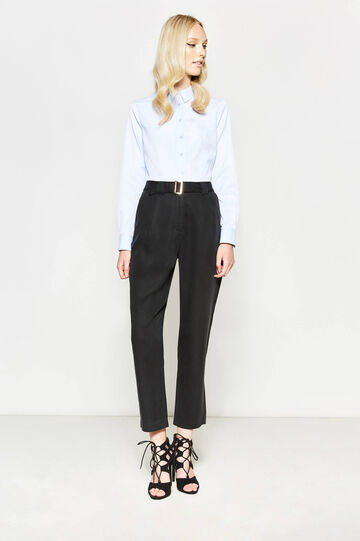 High-waisted crop trousers with belt