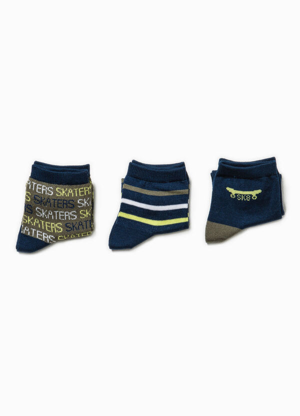 Three-pair pack embroidered and striped socks | OVS
