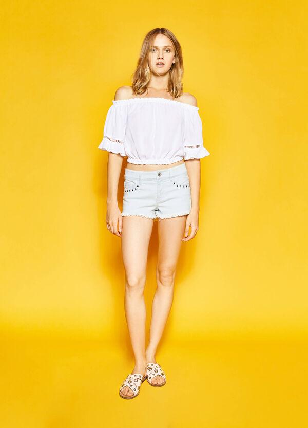 Shorts di jeans delavati con strass | OVS